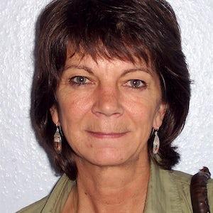 Linda Dryden